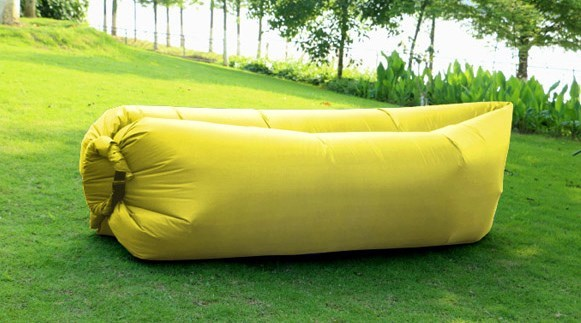 Dmuchana sofa LAZY BED Yellow